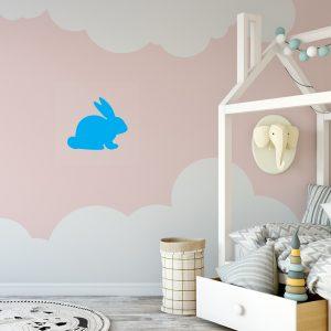 מדבקת קיר לחדר ילדים ארנב בצבע תכלת
