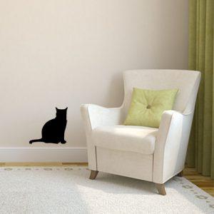 מדבקת קיר חתול שחור על קיר אופרייט