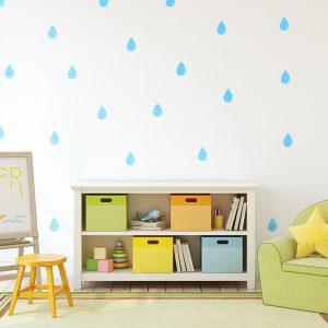 עיצוב חדר ילדים עם מדבקת קיר טיפות גשם